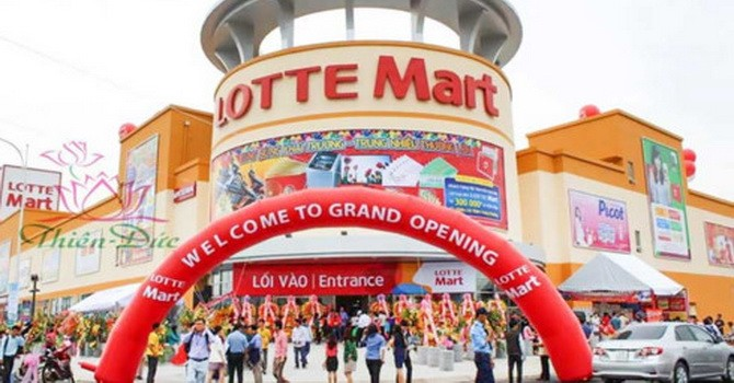 Facing Huge Losses, Foreign Retailers Aggressively Expand in Vietnam
