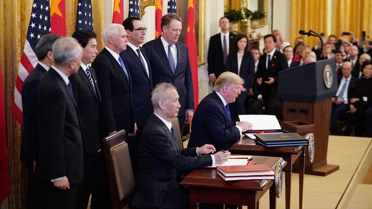 Mỹ và Trung Quốc ký kết thỏa thuận thương mại giai đoạn một
