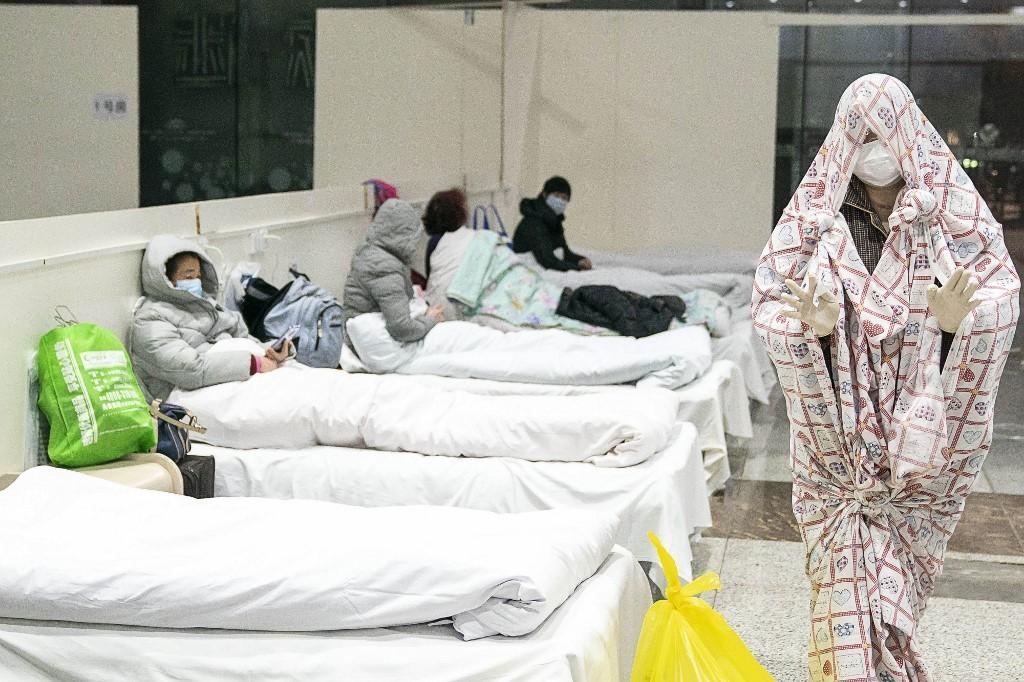 Câu chuyện trở về từ cõi chết của một bệnh nhân Trung Quốc từng nhiễm cúm corona
