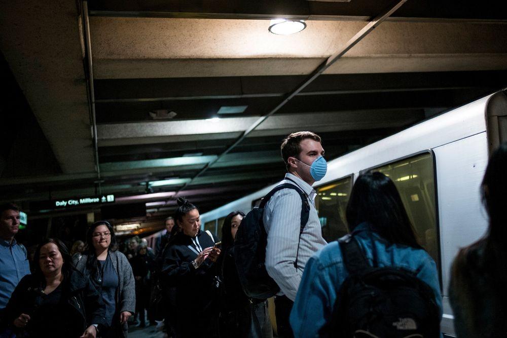Số người nhiễm Covid-19 tại Mỹ tăng vọt lên hơn 700.000