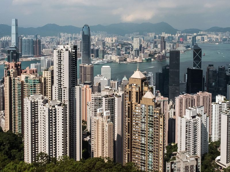 Đại dịch Covid-19, bất ổn kéo dài khiến kinh tế Hồng Kông suy thoái dài kỷ lục