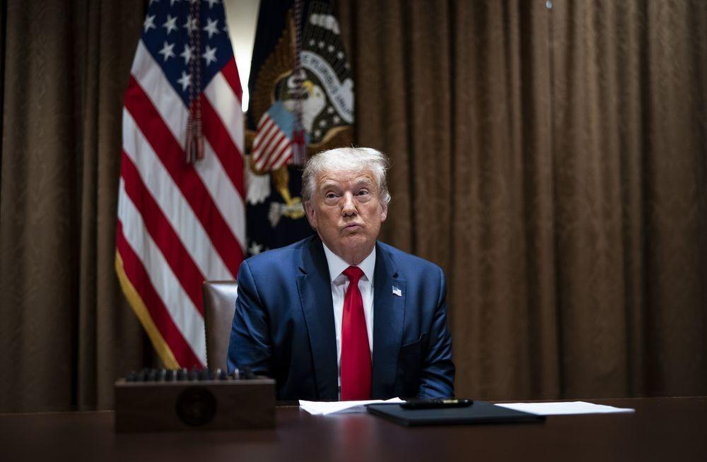 Tổng thống Trump chính thức cấm công dân Mỹ làm ăn với TikTok, WeChat và ứng dụng Trung Quốc