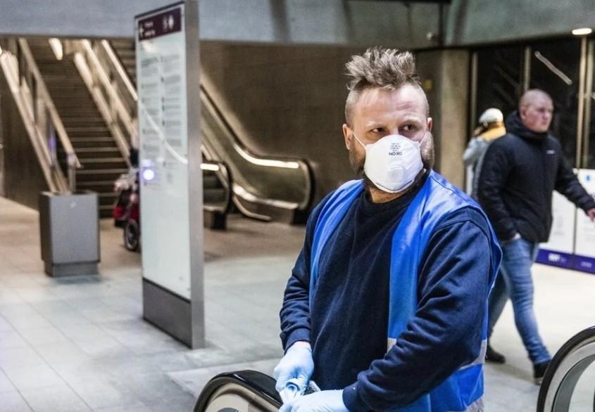 """Thêm hơn 300.000 ca nhiễm Covid-19 trong tuần, châu Âu đối diện """"hồi chuông cảnh tỉnh"""""""