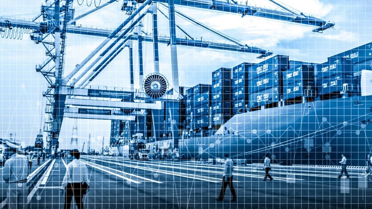 """Ngành vận tải toàn cầu """"oằn mình"""" trong cơn đại khủng hoảng vì Covid-19"""