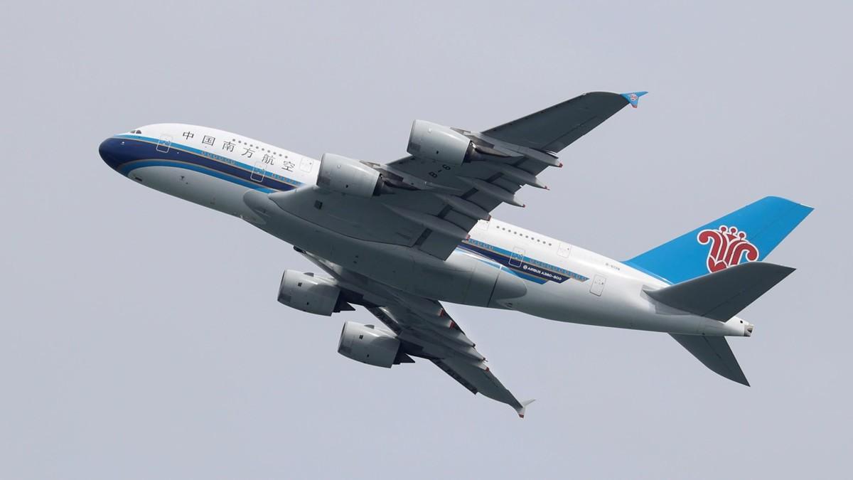 Hãng hàng không Trung Quốc báo lãi khi nhu cầu đi lại nội địa tăng vọt