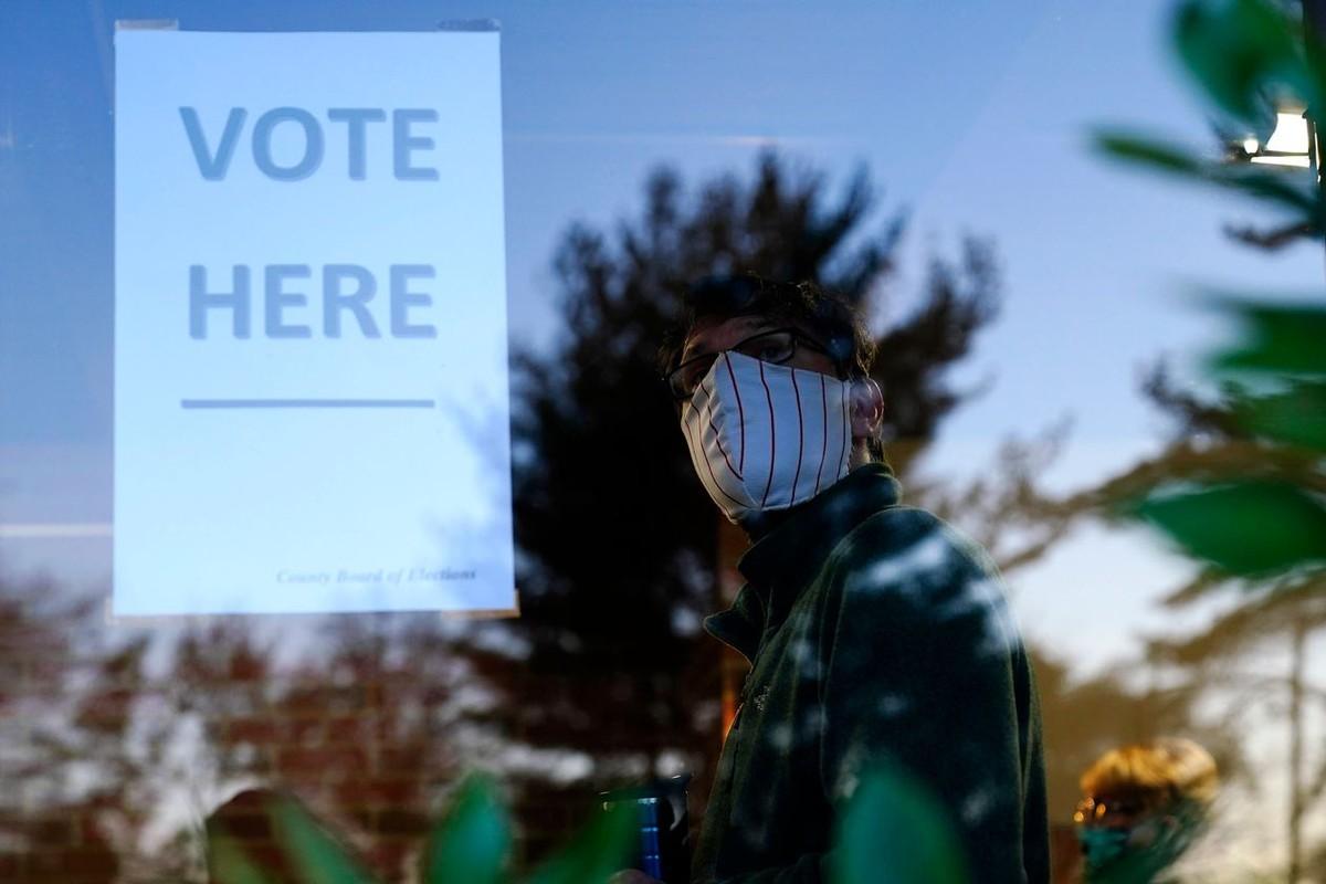 Bộ trưởng Tư pháp Mỹ yêu cầu điều tra gian lận bầu cử, giám đốc điều tra từ chức