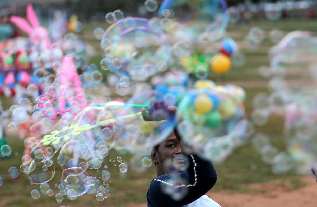 Bloomberg: Dòng tiền rẻ đang tạo ra bong bóng tài sản ở nhiều nơi trên thế giới như thế nào?