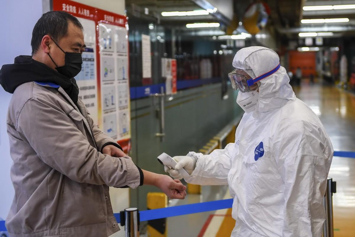 GDP Trung Quốc năm 2021 có thể tăng trưởng đến 9,3% nếu ráo riết tiêm vắc xin Covid-19