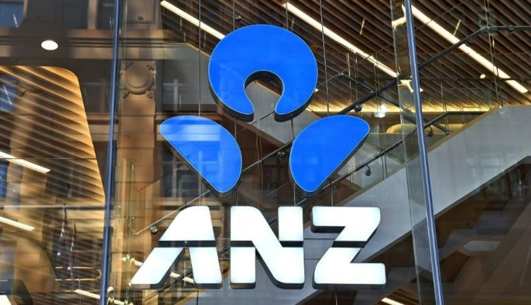 Fitch Revises Outlook on ANZ Vietnam to Positive; Affirms at 'BB'
