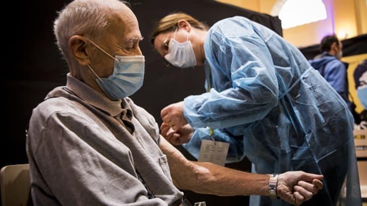 WHO cảnh báo số lượng ca lây nhiễm Covid-19 cao nhất tính từ đầu đại dịch Covid-19