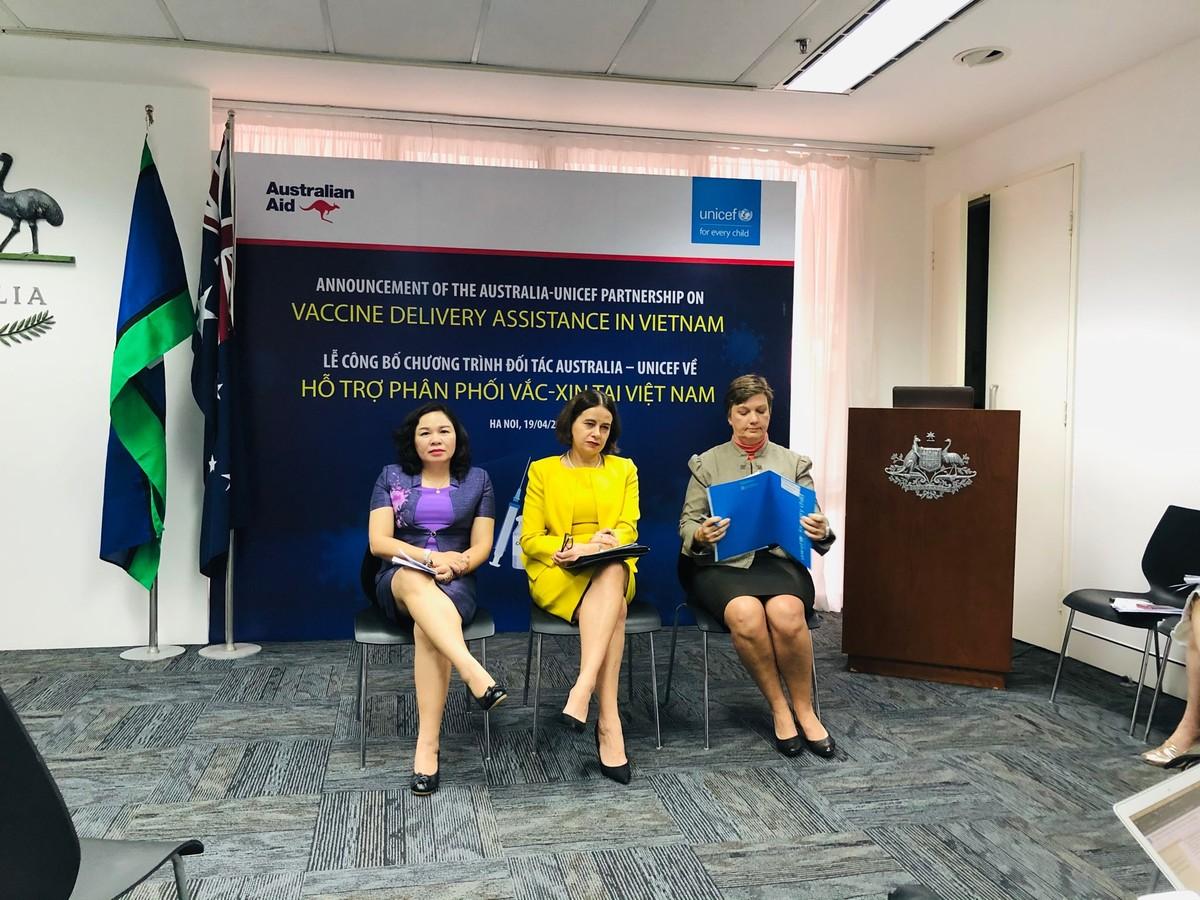 Australia và UNICEF hỗ trợ 13,5 triệu USD cho chương trình tiêm vắc xin Covid-19 tại Việt Nam
