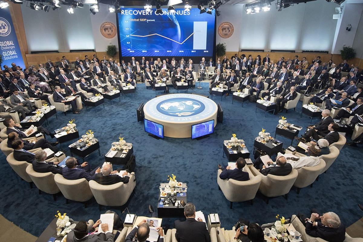 IMF chấp thuận đợt bơm tiền hỗ trợ kinh tế lớn chưa từng có trong lịch sử