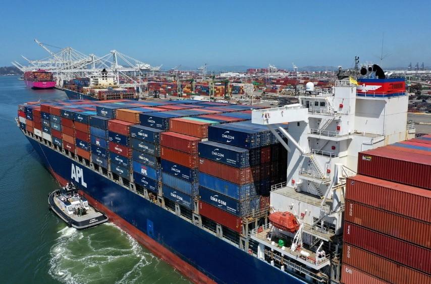 Nhiều nguyên nhân khiến các cảng của Mỹ tắc nghẽn kỷ lục