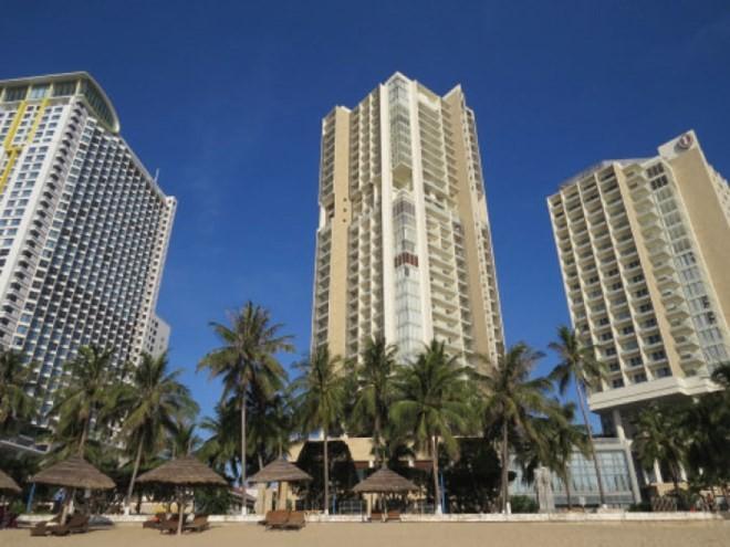 """Nhiều địa phương xuất hiện các """"siêu"""" resort 6-7 sao"""