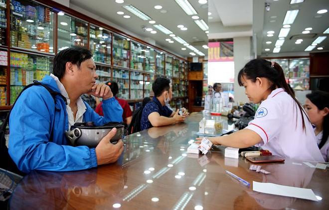 TP.HCM: Sẽ tạm ngừng hoạt động gần 1.000 nhà thuốc chưa kết nối mạng