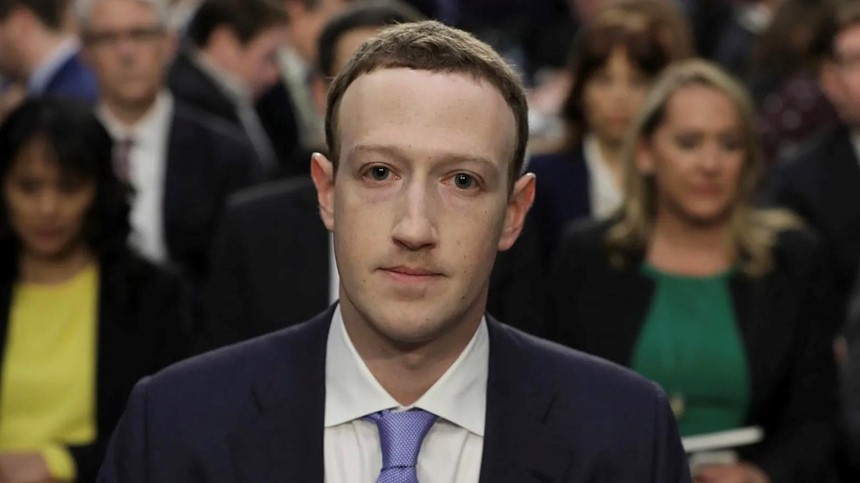 """Mark Zuckerberg có thể """"phủi tay"""" trước mọi bê bối của Facebook?"""