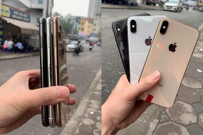 """iPhone XS cũ về Việt Nam với mức giá """"trên trời"""""""
