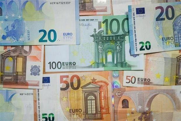 ECB mở đường cho khả năng cắt giảm lãi suất trong tương lai