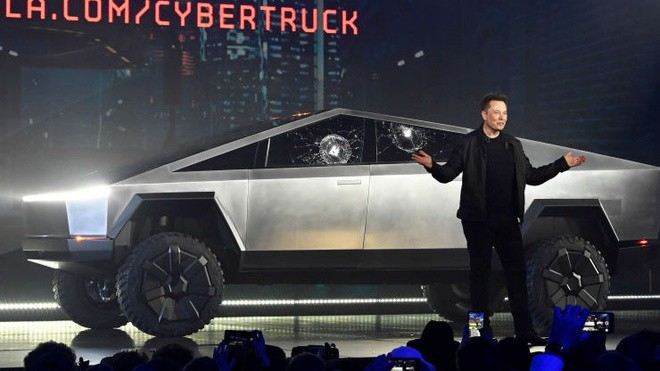 Tesla cán mốc vốn hóa 100 tỷ USD, Elon Musk sắp nhận thưởng lớn