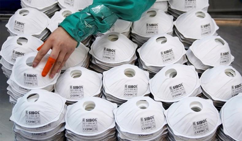 Mỹ đang trả giá vì bán hàng triệu khẩu trang cho Trung Quốc ngay trước dịch
