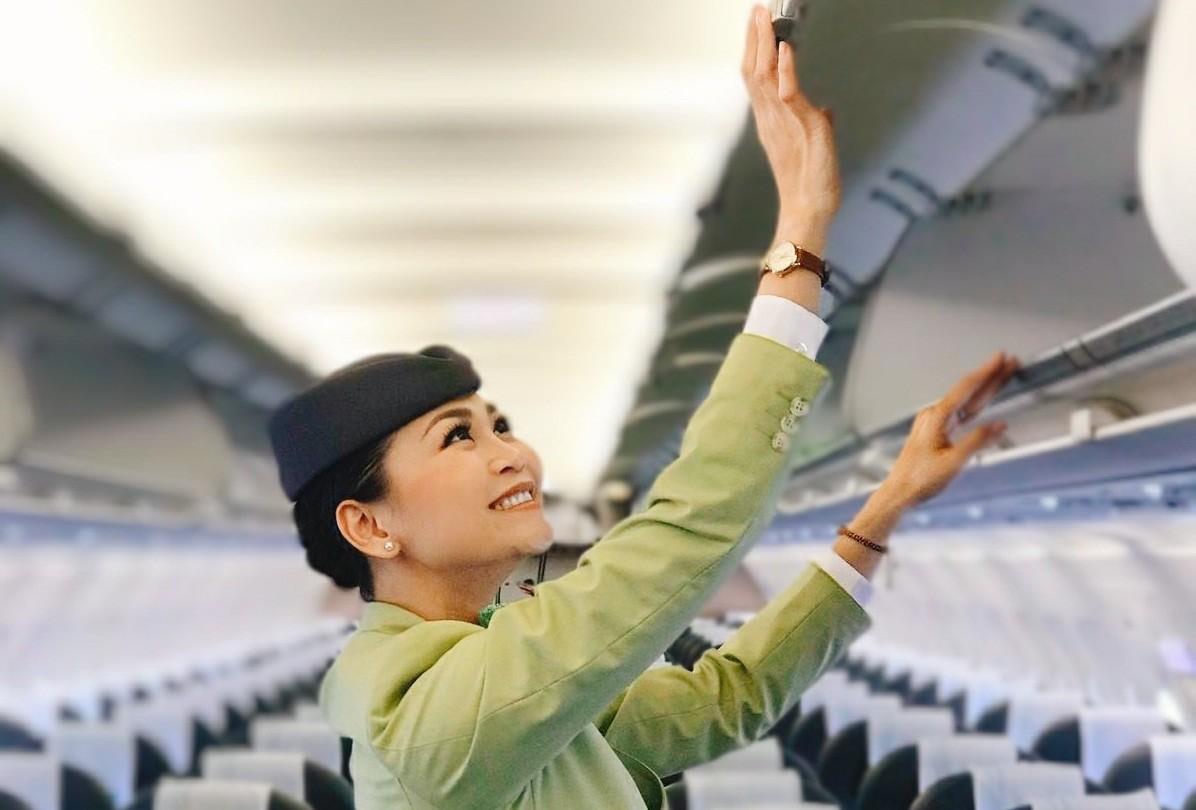 """Tiếp viên hàng không ngày trở lại bầu trời: Háo hức nhưng vẫn nằm lòng hai chữ """"an toàn"""""""