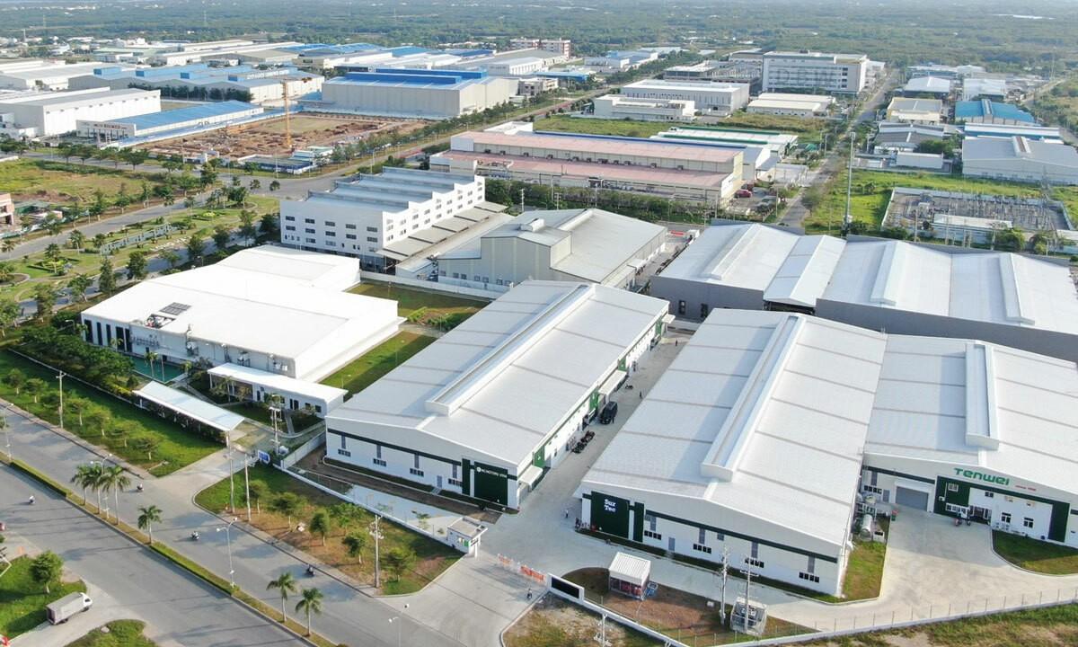 Việt Nam nổi lên như một trung tâm sản xuất mới, giá thuê BĐS công nghiệp có nơi tăng tới 40%