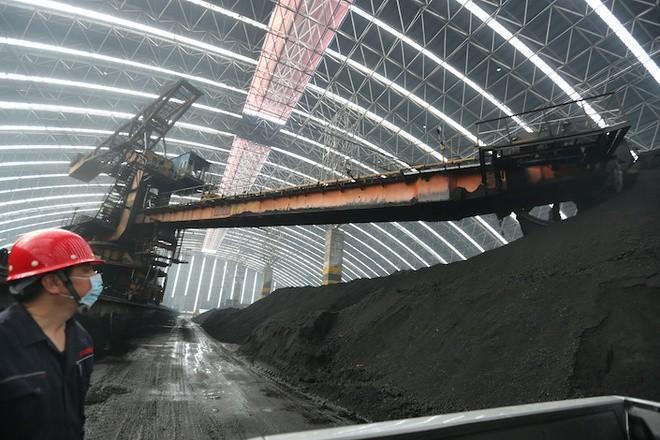 Công ty Trung Quốc vỡ nợ 151 triệu USD, thị trường tài chính lo sợ