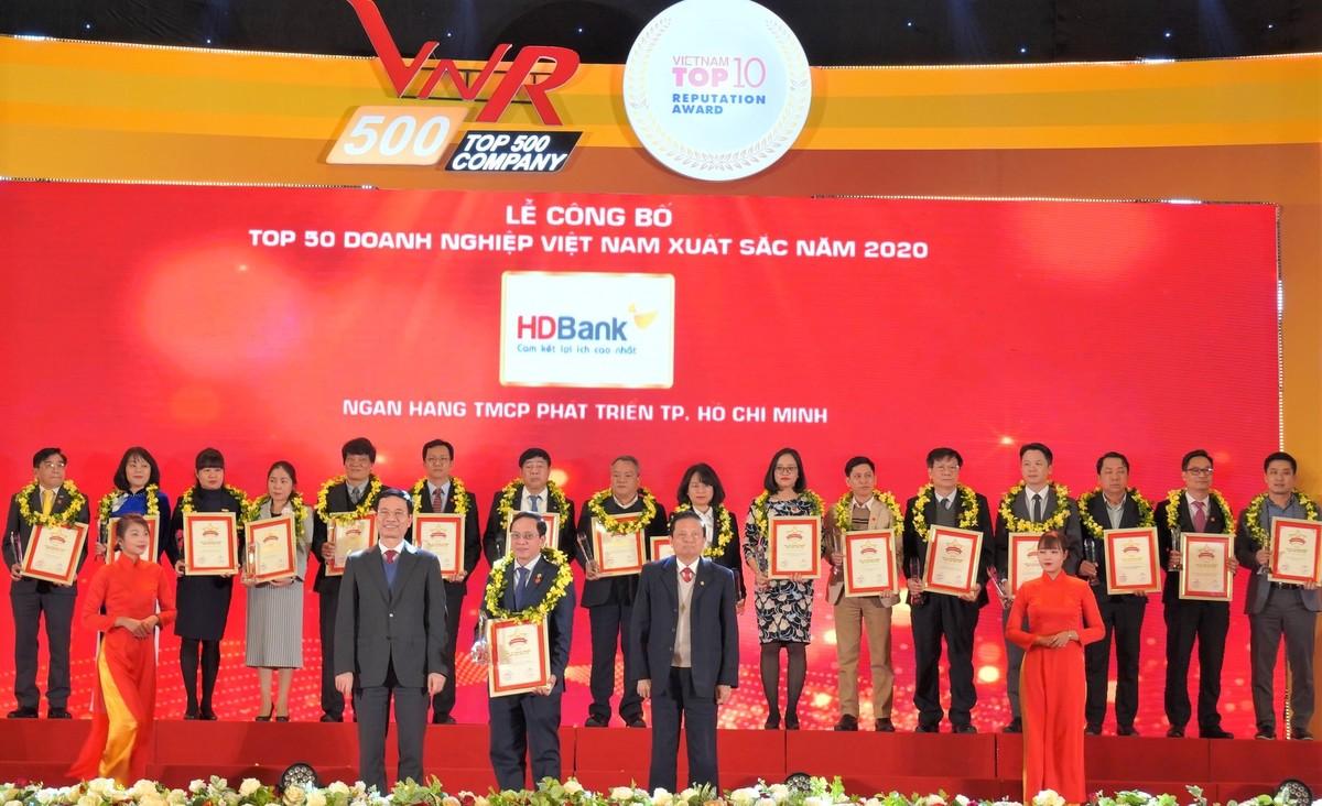 HDBank lọt Top 50 doanh nghiệp xuất sắc nhất Việt Nam năm 2020