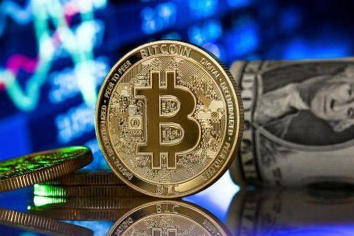 Giá Bitcoin vượt 40.000 USD/đồng