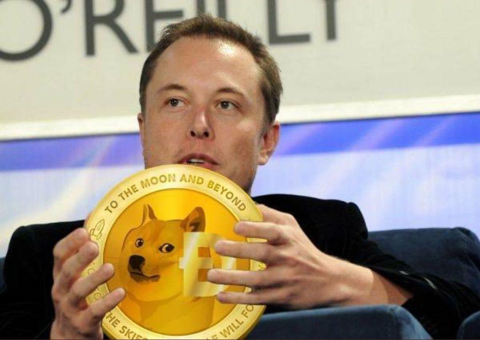 Elon Musk thổi giá 3 lần, Dogecoin lên cao chưa từng có