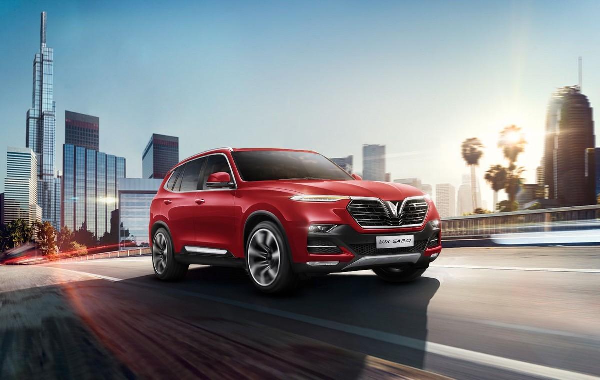 VinFast Lux vững vàng ngôi đầu phân khúc sedan và SUV hạng sang