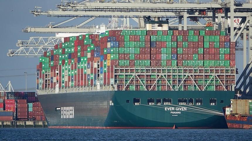 Vì sao các hãng đóng tàu ồ ạt sản xuất tàu hàng siêu lớn?