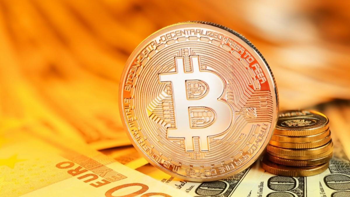 Giá Bitcoin trở lại ngưỡng 58.000 USD, vốn hóa tăng vọt