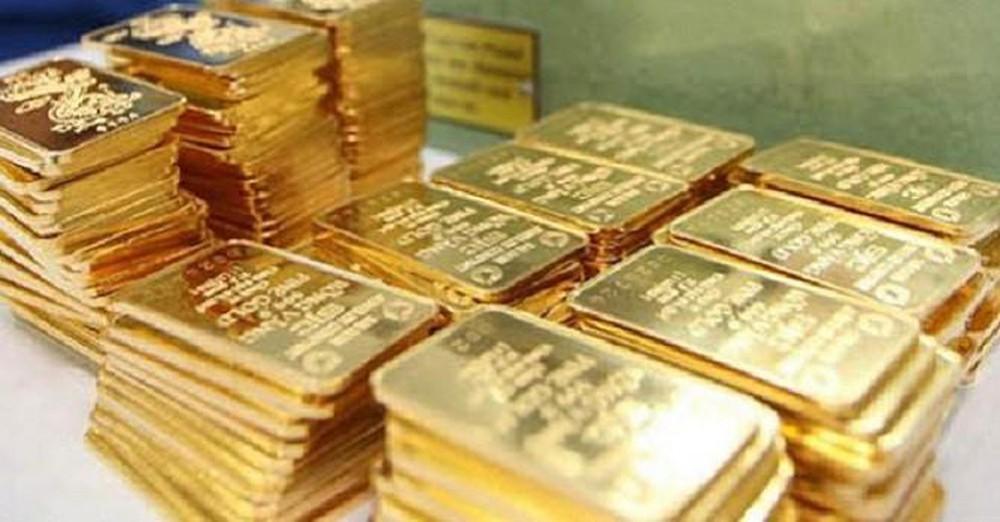 Giá vàng trong nước đắt hơn thế giới 6 triệu đồng/lượng