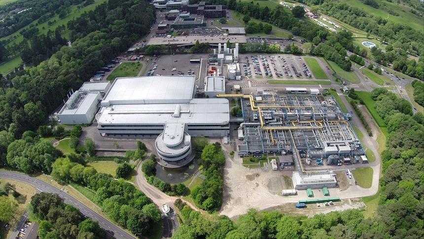 Công ty Trung Quốc mua nhà máy chip lớn nhất Vương quốc Anh