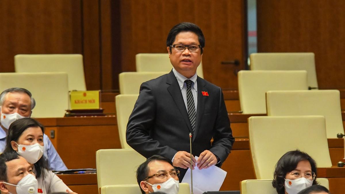 """TS. Vũ Tiến Lộc: Động lực quan trọng nhất để nền kinh tế phục hồi là đẩy mạnh """"hộ chiếu vaccine"""" cho toàn dân"""