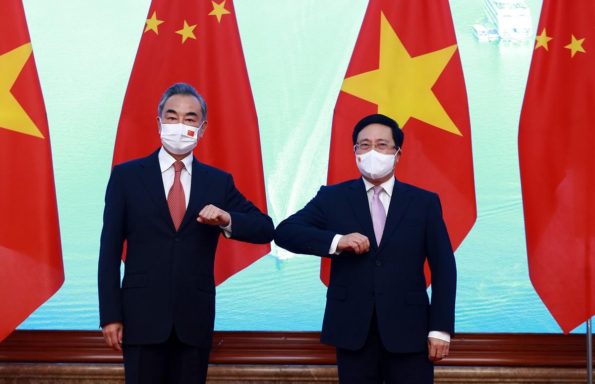 Trung Quốc viện trợ thêm 3 triệu liều vắc xin cho Việt Nam