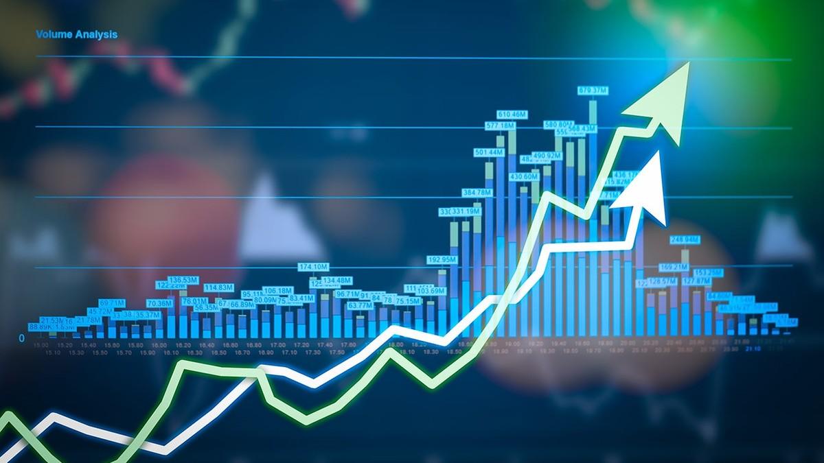 Chứng khoán 17/1: VCB vượt đỉnh lịch sử, VN-Index tiến sát 980 điểm sau phiên cuối tuần