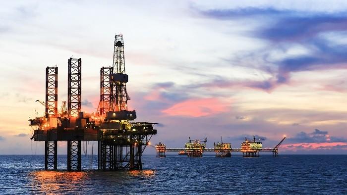 Chứng khoán BSC: Biến số từ dịch Covid-19 và giá dầu làm mờ triển vọng ngành dầu khí