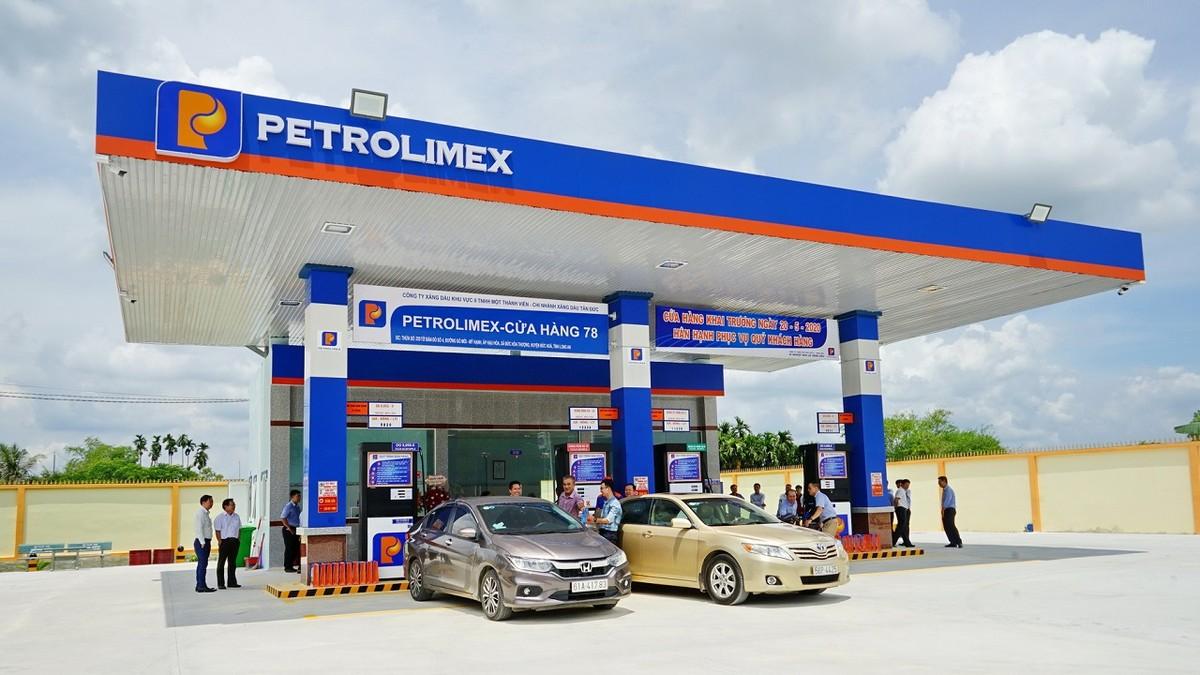 Petrolimex (PLX) đặt mục tiêu lợi nhuận tăng trưởng 140% năm 2021, dự kiến chia cổ tức 12% bằng tiền