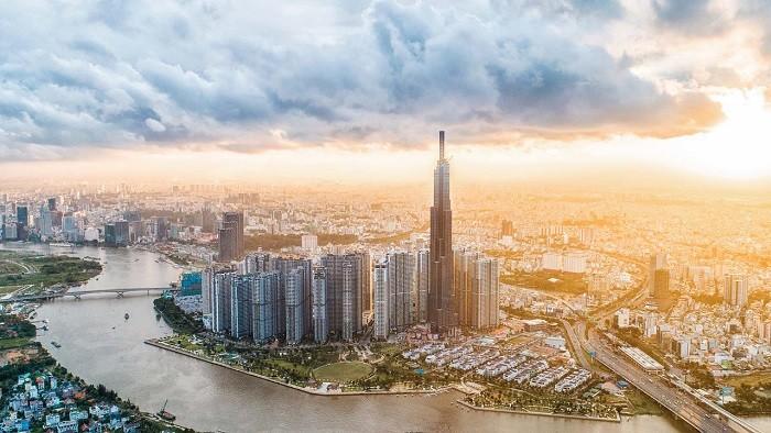 Cổ phiếu VIC liên tục lập đỉnh, vốn hóa Vingroup vượt 20 tỷ USD, lớn hơn 3 ngân hàng VietinBank, Techcombank và VPBank cộng lại
