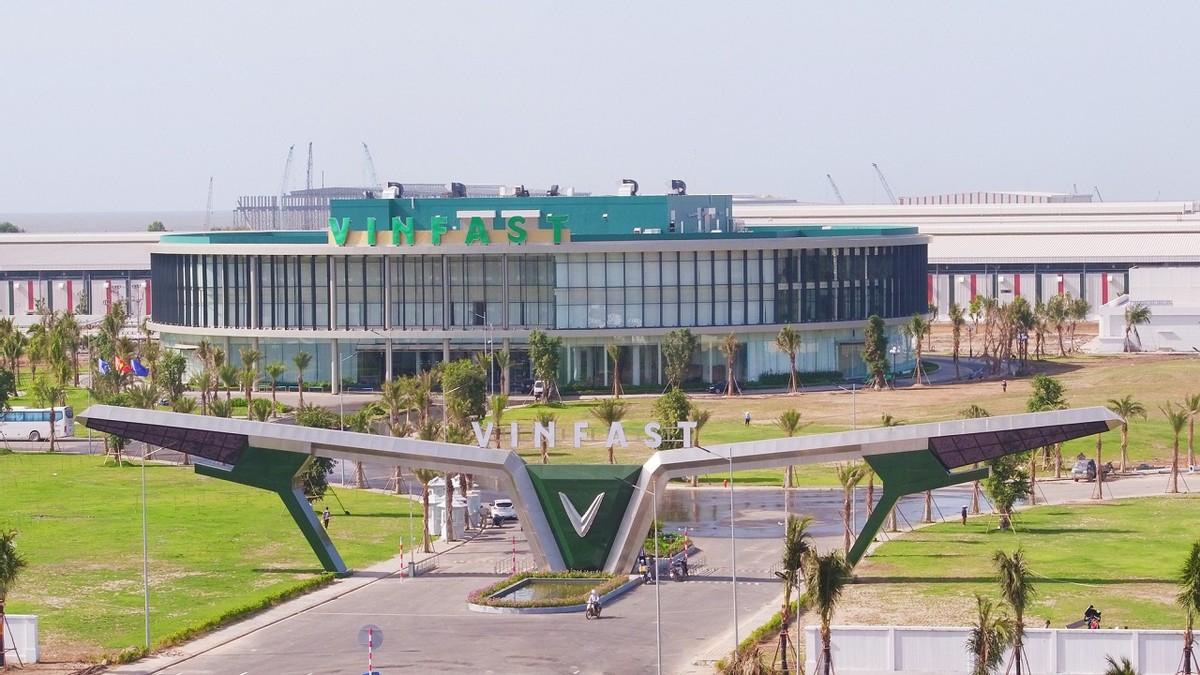 Dự kiến tăng vốn lên trên 38.000 tỷ đồng, Vingroup đặt mục tiêu doanh thu tăng 54%, đạt 170.000 tỷ đồng năm 2021