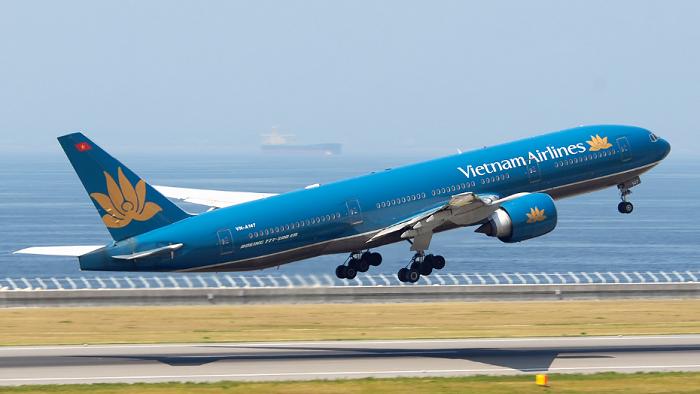 """[BizDEAL] SCIC và Vietcombank """"rót"""" hàng nghìn tỷ đồng mua cổ phiếu phát hành thêm của Vietnam Airlines (HVN)"""