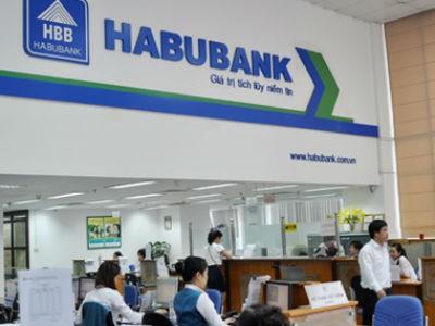 """Những ngân hàng biến mất sau 3 cuộc """"đại phẫu"""""""