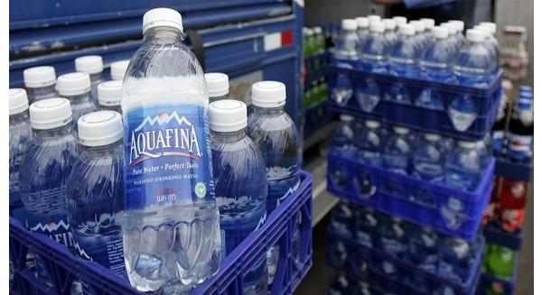Aquafina thừa nhận sử dụng nước lã để đóng chai
