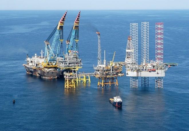 Hàng loạt đại gia dầu khí liêu xiêu vì giá dầu