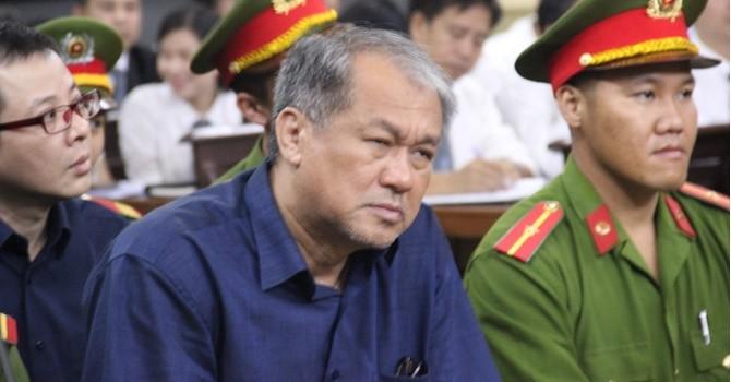 """Ông Phạm Công Danh """"vặn"""" lại luật sư của ông Trần Quí Thanh liên quan khoản tiền 194 tỷ"""