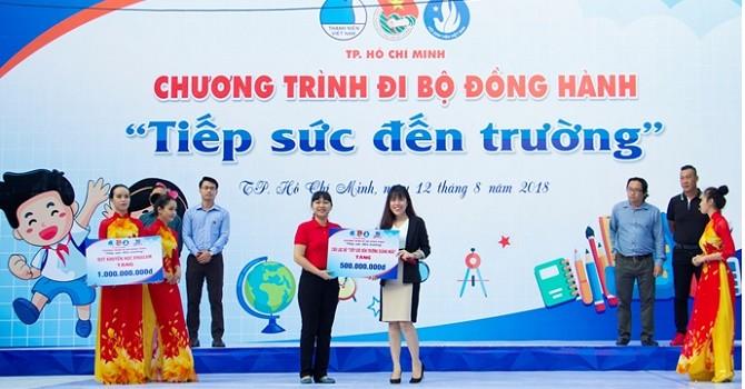 Phát Đạt: Tấm lòng nghĩa tình luôn hỗ trợ thanh niên, học sinh