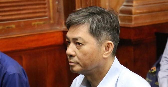 """Vụ xử cựu Phó Chủ tịch TP.HCM: Luật sư """"phản pháo"""" cáo trạng"""