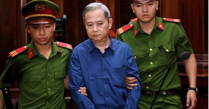 Xét xử ông Nguyễn Hữu Tín giao đất trái luật: Tòa nói về tài liệu mật